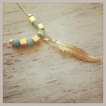 Gold necklace, Feather necklace, tribal necklace, chic necklace, feather pendant 10026
